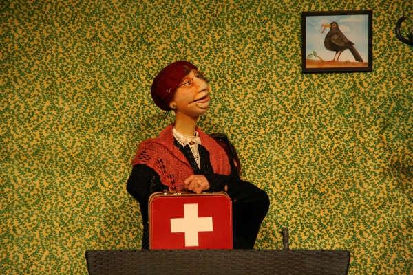Frau Meiers kleine Amsel - Figurenspiel Steffi Lampe